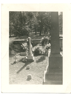 Photograph of a Mudge family graveyard.